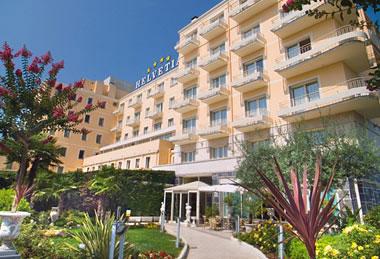 Hotel-Helvetia-Gartenfront
